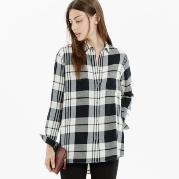 22c4e67b222 Madewell Tops - Madewell Oversized Boyfriend Plaid Flannel Shirt